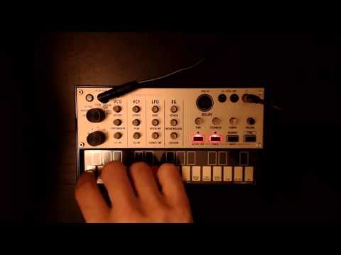 Korg Volca Keys Tutorial - How to use Poly mode sequencer . - YouTube