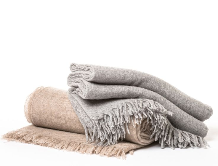 Solid Cashmere Throws.