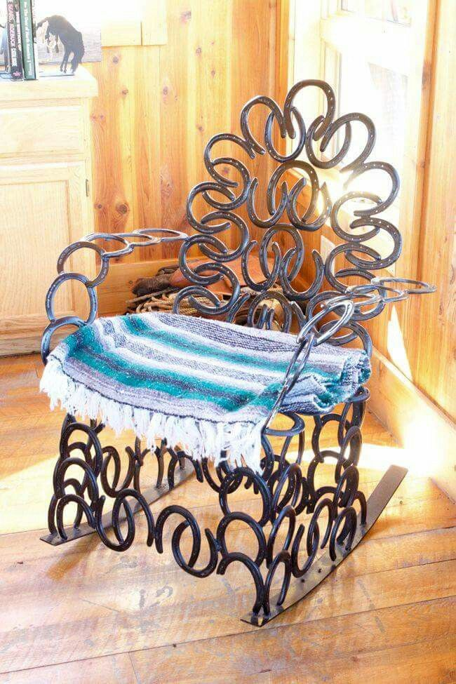 Horseshoe rocker
