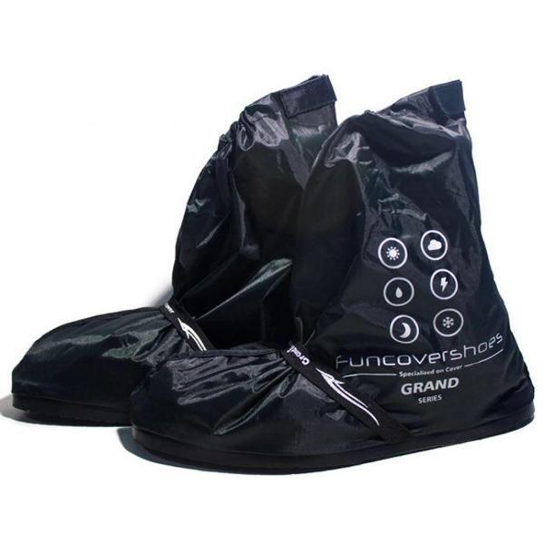 Jual beli Funcover mantel sarung jas sepatu cover shoes hujan anti air  warna hitam di Lapak Barokah Store - nikeisha_motorcycle. Menjual Jas Hujan - Warna : Hitam  Size: M : 37-39 [Panjang Alas 30Cm] L : 40-42 [Panjang Alas 32CM] XL: 43-45 [Panjang Alas 34CM] Tinggi 23CM  kelebihan jas sepatu: 1. Memproteksi sepatu / kaki anda agar tidak basah 2. Mudah dibawa karena ringan dan bisa dimasukkin kedalam jok motor/mobil anda 3. TIDAK MUDAH ROBEK 4. Jahitan RAPI 5. Alas karet sehingga ...