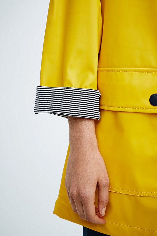 17 b sta id er om gelbe regenjacke p pinterest gelber. Black Bedroom Furniture Sets. Home Design Ideas