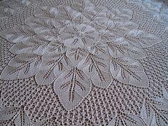 Ravelry: Jesien pattern by Vera Tuszynska