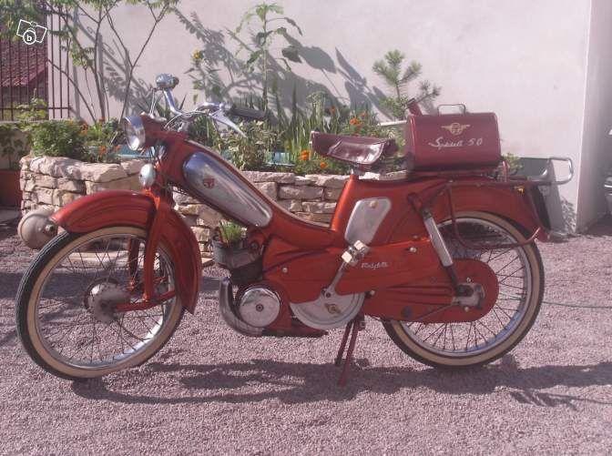 mobylette motobecane av89 balancier mopeds pinterest. Black Bedroom Furniture Sets. Home Design Ideas