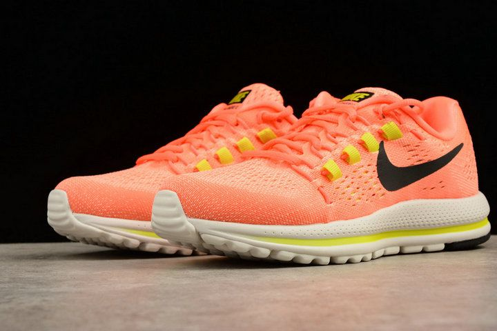 a06e7225b427 chaussures de course NIKE AIR ZOOM VOMERO 12 MENS RUNNING SHOE orange red  863766 600