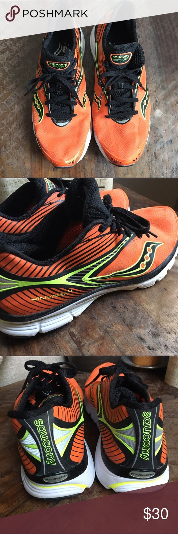 Saucony kinvara 4 men's running shoes Saucony men's running shoes kinvara 4. Excellent condition, gently used and cared for by an OCD triathlete 👌🏻 still smell as if they were just taken out of the box 📦 👌🏻.           ⭐️Bundle to save.                                             ⭐️Will ship out same day(unless purchased on Saturday).                                                 ⭐️Smoke free home. Saucony Shoes Athletic Shoes