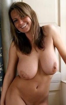 Good looking old shaved pussy