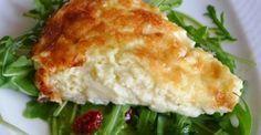 Μια πολύ εύκολη συνταγή για μια αφράτη και γευστικότατη τυρόπιτα με γιαούρτι χωρίς φύλλο, για να την απολαύσετε ως πρωϊνό ή συνοδευτικό με το κυρίως πιάτο
