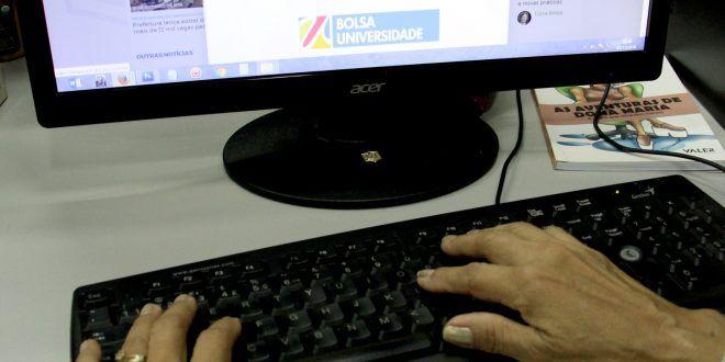 : Prefeitura encerra nesta sexta-feira a entrega de documentos do Bolsa Universidade