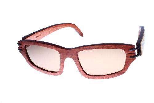 Gafas de sol en madera, filtro UV, marca Maguaco S028. Maderas: Granadillo Rojo y Guayacán Hobo. $200.000 COP