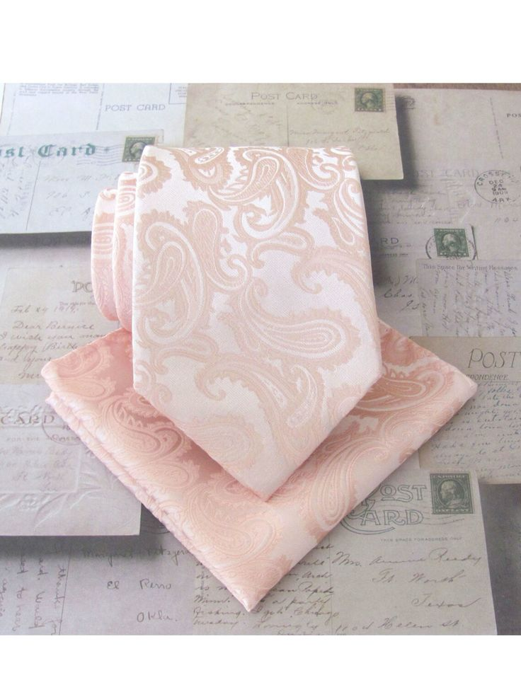 Light peach paisley tie