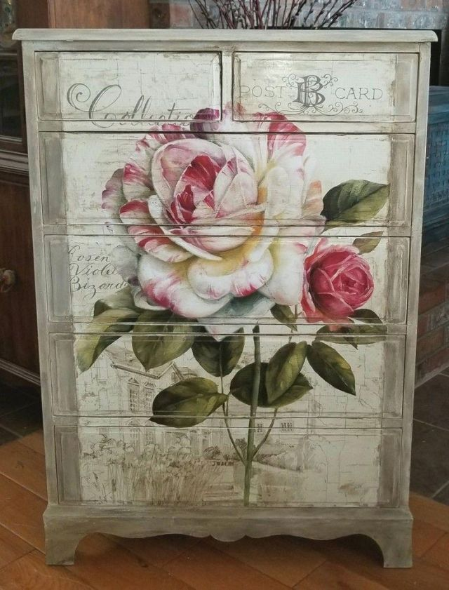 Shabby chic dresser, decoupage floral poster and blending ASCP French linen and old white #Shabbychicdressers
