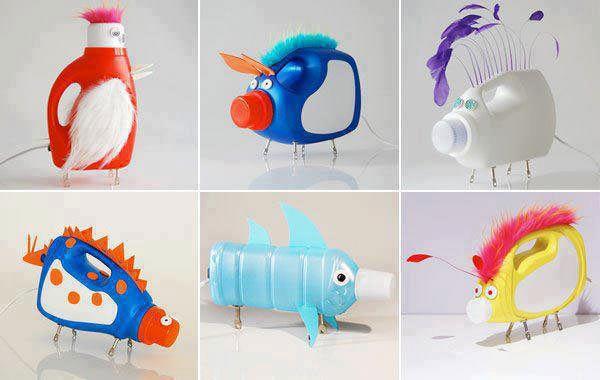 Divertenti animali con bottiglie di detersivi