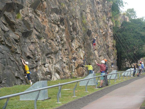Rockclimbing at Kangaroo Point cliffs.