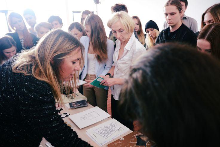 PR skrojony na miarę – prowadzenie: Marta Kalinowska, 9. FashionPhilosophy Fashion Week Poland, fot. Kamil Mackowicz #fashionweekpoland #fashionphilosophy #letthemknow #szkolenie #fashion #inspirations