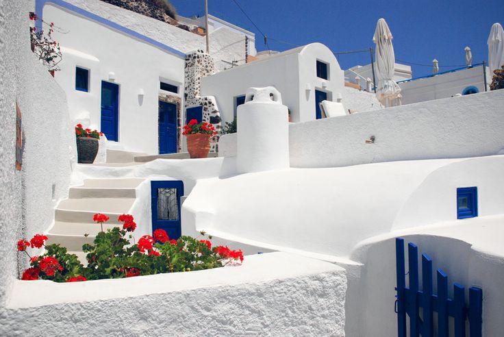 Imerovigli, Greece by Olga Larkina Photography www.olgalarkina.com