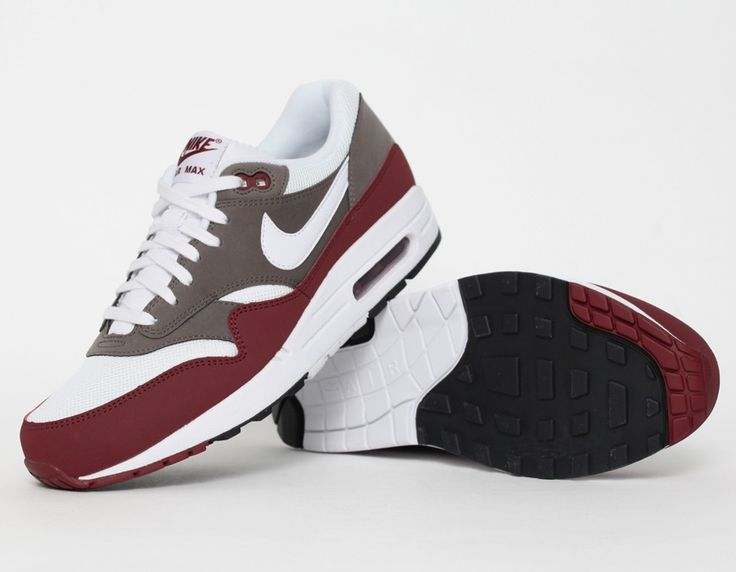 nike air max 1 bordeaux gris livraison gratuite en. Black Bedroom Furniture Sets. Home Design Ideas