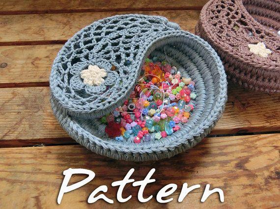 CROCHET PATTERN - Yin Yang Jewelry Dish, Crochet Christmas Gift, Crochet Basket Pattern. Easy Photo Tutorial, Instant Download PDF Pattern.