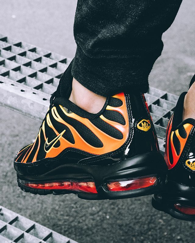 925c4ce0d6 Nike Air Max 97 Plus Black/Red | Sneakers | Nike, Nike air max ...