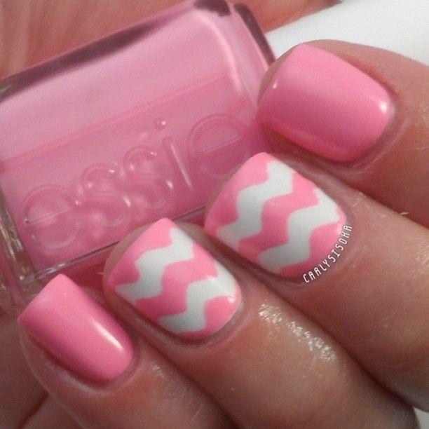 Cute pink wavy nail art!   Beauty   Pinterest   Pink ...