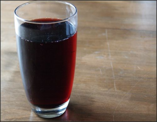 4 healthy fruit juice consumption benefits cherry would make conditions the body feels better and prevent heart disease, cancer, sleeplessness, and other