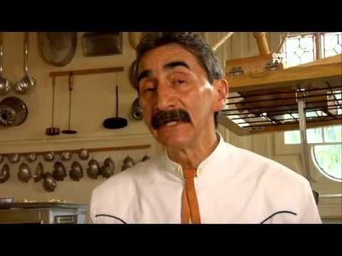 Tu Cocina (Yuri de Gortari) - Pan de muerto (+playlist)  *** VIDEO OF 19 DELICIOUS MEXICAN CUISINE BY YURI de GORTAN