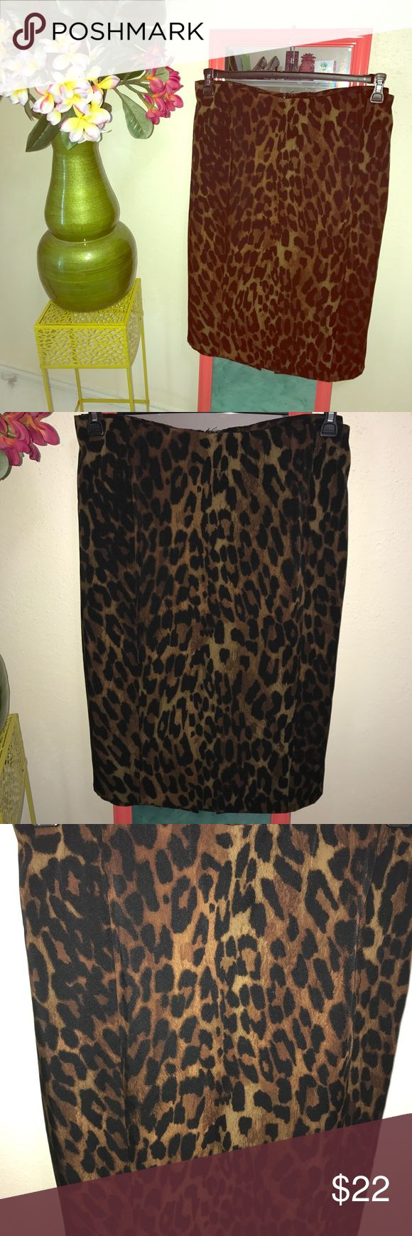 Leopard pencil skit from lane bryant size 26 Great skirt, in n leopard. Perfect for fall size24 in like new cond. Lane Bryant Skirts Pencil