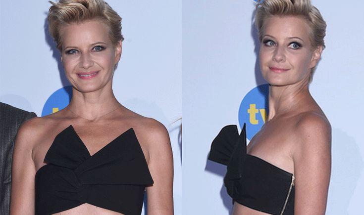 Małgorzata Kożuchowska pokazała brzuch w czarnym topie i białej sukience na konferencji TVN
