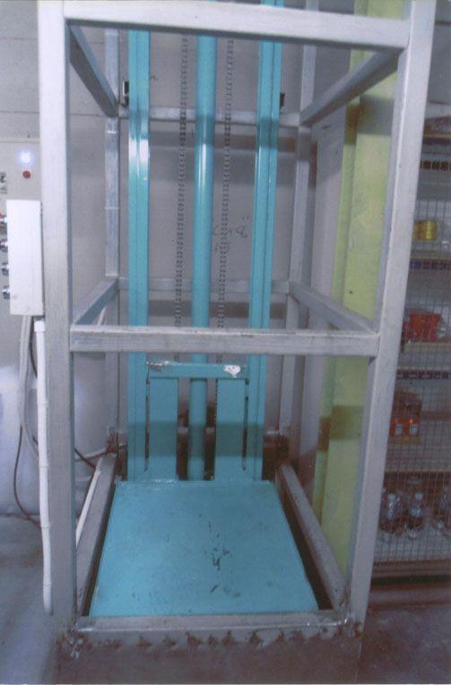ห้างหุ้นส่วนจำกัด นพพลไฮดรอลิค พาร์ท แอนด์ เซอร์วิส ซีสเท็มส์  ผู้ผลิต สร้าง ออกแบบ ลิฟท์ขนของ สะพานขึ้นตู้คอนเทนเนอร์ และเครื่องมือไฮดรอลิคทุกชนิด
