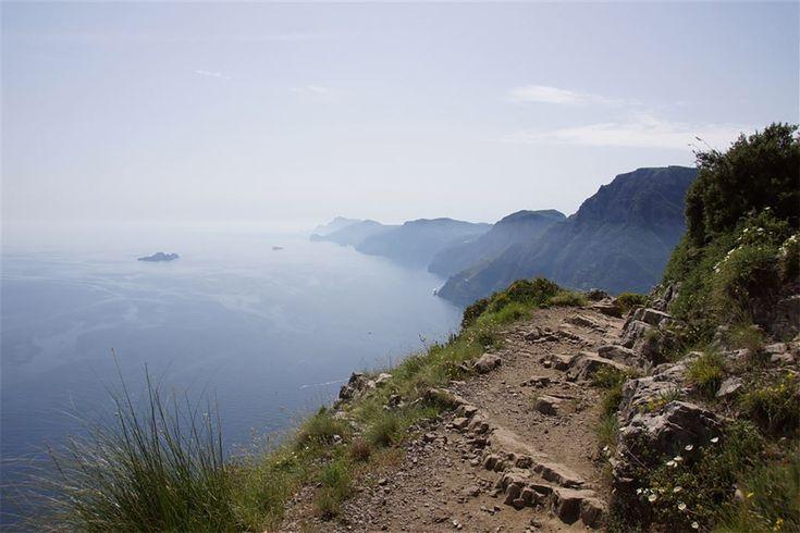 Götterwanderweg mit Blick auf die Amalfi-Küste