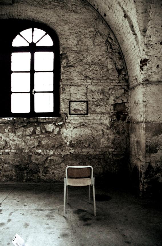 Sedia Cosa Caso - Conceptual art exhibit  #marikabonin #conceptualart #exhibit