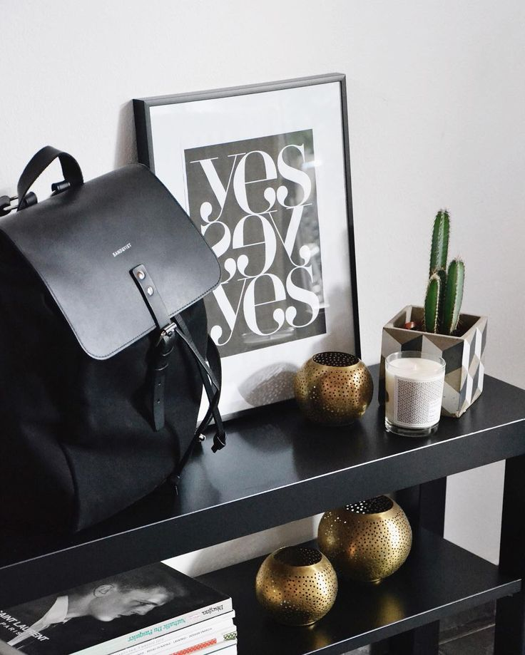 Alva in Black looks great carried around AND in your home! Great styling and photo by ULMN. #Sandqvist #ULMN #Bookbag #Cactus