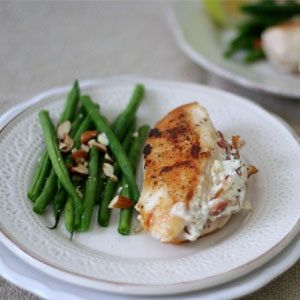 Chicken stuffed with bacon and goats cheese