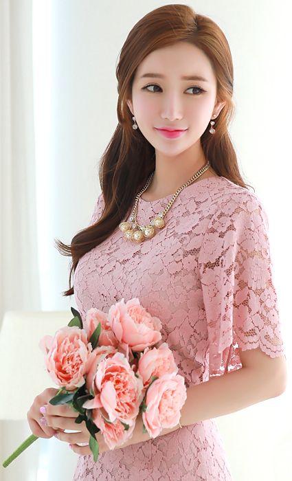 StyleOnme_Gold Pearl Chained Necklace #luxury #pearl #gold #koreanfashion #kstyle #kfashion #feminine #elegant #datelook