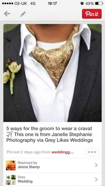 Grooms cravat
