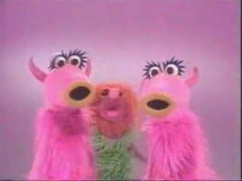 """Mahna Mahna vs. Shanah Tova"". #LOL #Muppets #Video"