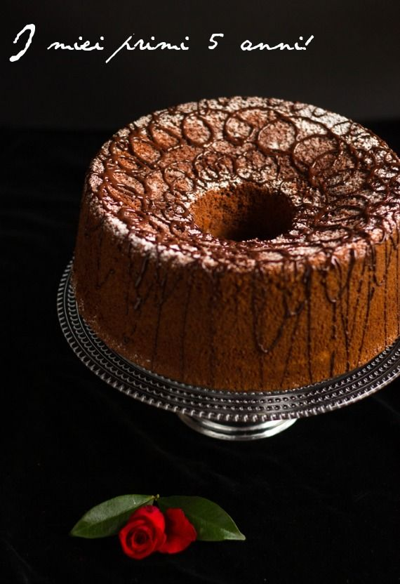 Andante con gusto: Cinque anni di Blog e molti, molti di più di vita: Chiffon cake al Te e Cioccolato