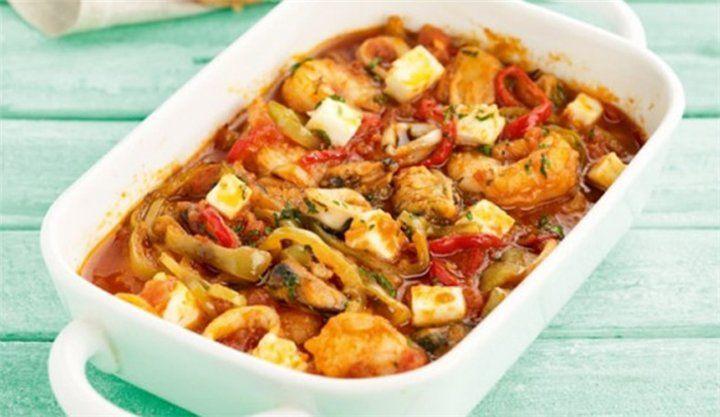 Σαγανάκι θαλασσινών με πιπεριές, ντομάτα και φέτα!!! - Filenades.gr
