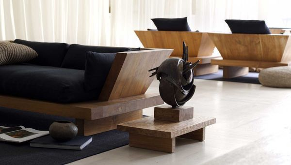 Donna-Karan-Urban-Zen-sofa