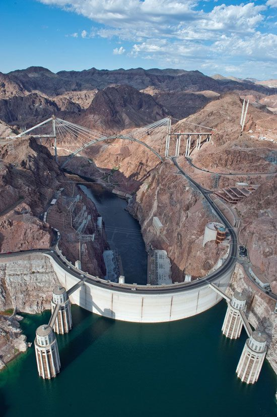 National Landmark in Arizona & Nevada, the Hoover Dam and National Recreation Area, Lake Mead.