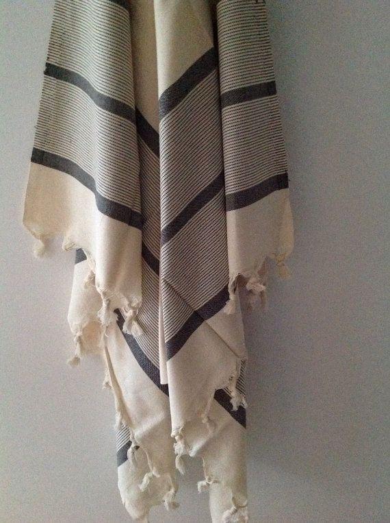 Handmade Handwoven 100% Cotton Peshtemal/Fouta by AegeanBazaar via @Etsy #etsygift #etsymnnt #etsyuk #etsyfrance #handmade #handwoven #hammamtowel #forher #forhim #forbaby