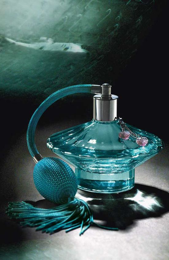 Really love the perfumes of Britney, especially this one Curious   Britney Spears