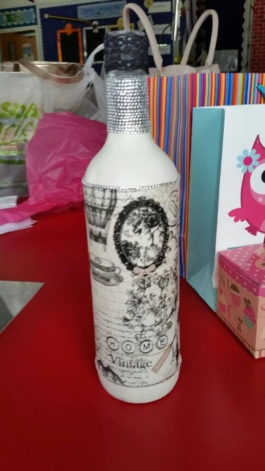 Hand painted and decorated bottle. Ideal for birthday weddings and christmas gifts. These make great decorations on their own or as a candle holder or vase.