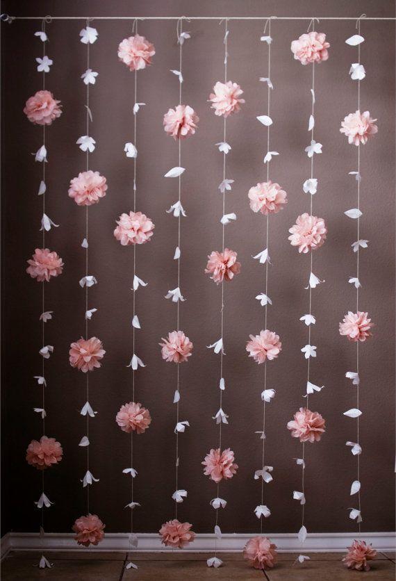 Fiore di carta e carta velina Puff Garland. Paper Flower GarlandsPaper Flower BackdropHanging ...