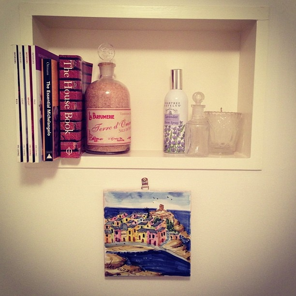 another bathroom nook and hand painted tile from Vernazza - 5 Terre