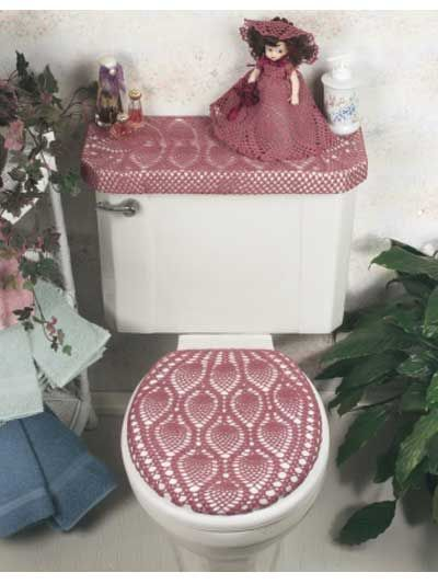 What nicer way to give your tired-looking bathroom a lift than with this pineapple trio--a tank cover, lid cover and matching air freshener doll!Bathroom ensemble size: 9 x 18 & 14 x 16 inches (appx)Skill level: Intermediate