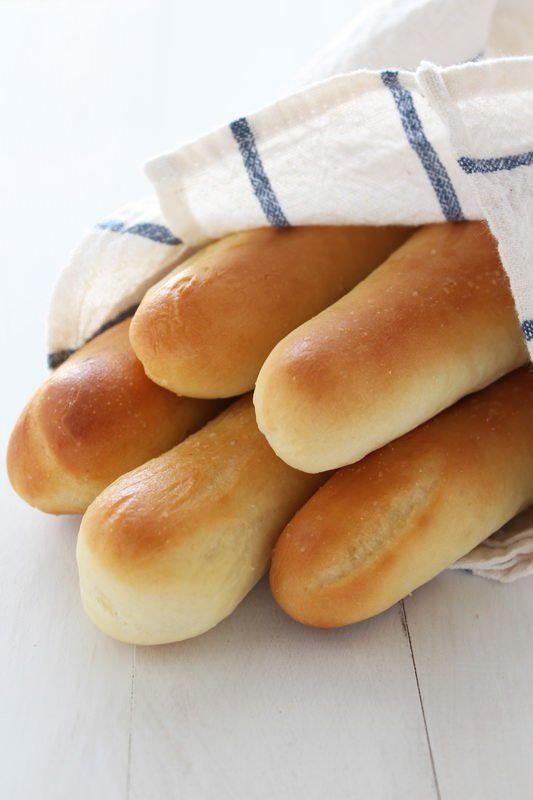 Copycat Olive Garden Breadstick Recipe | AllFreeCopycatRecipes.com