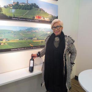 Vino & Stile: il Barolo Cru Scarrone BAVA di Castiglione Falletto vestito da Anna Fendi - News Bava