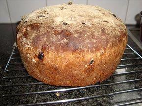 Meergranenbrood met appel, rozijnen, noten en speculaaskruiden, Recepten - Gebak, Gette.org