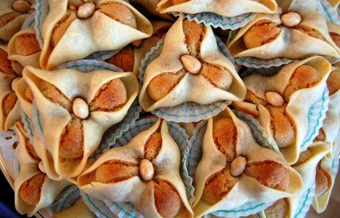 Trèfle aux amandes : hmmm des trèfles aux amandes - Recette patisserie orientale: Découvrez les patisseries orientales
