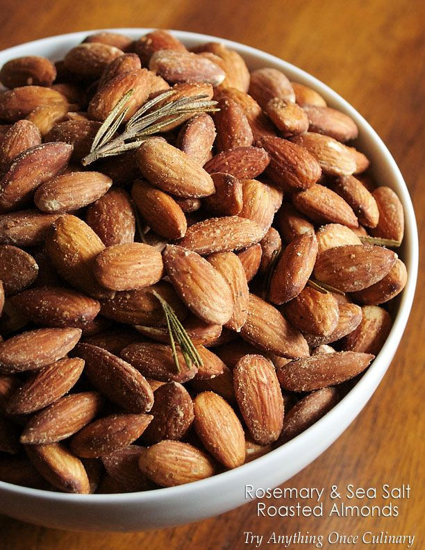 Rosemary & Sea Salt Roasted Almonds | www.tryanythingonceculinary.com | With a few simple ingredients, you can roast flavorful almonds that everyone will enjoy! | #snack #appetizerweek #rosemaryseasaltroastedalmonds
